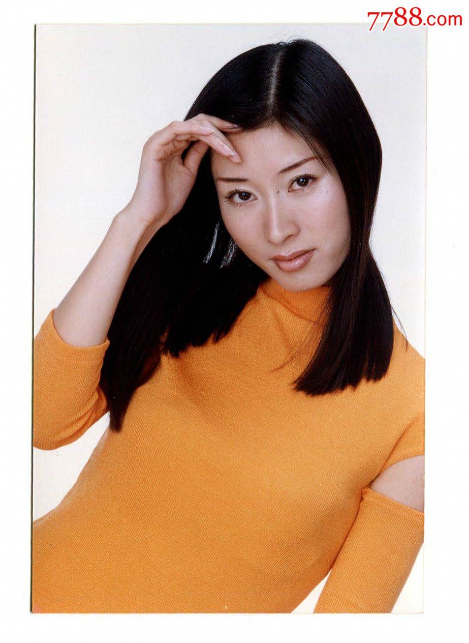 【明星照片】著名美女主持人-李霞-影楼写真-原照一套