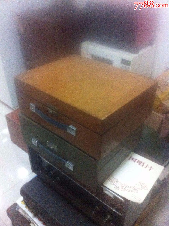 老式电�_老式电唱机