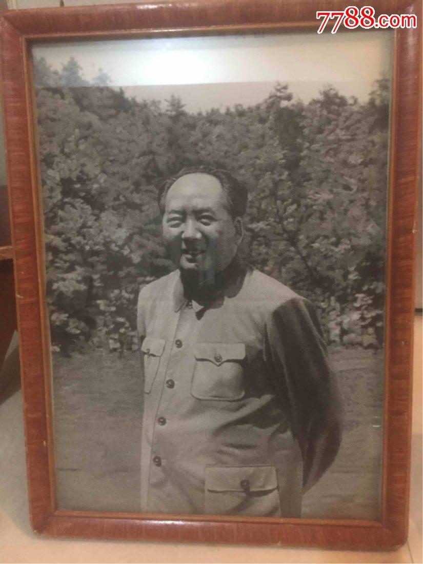 文革丝绸.毛主席于井冈山.原框丝绸像。(au19704097)_