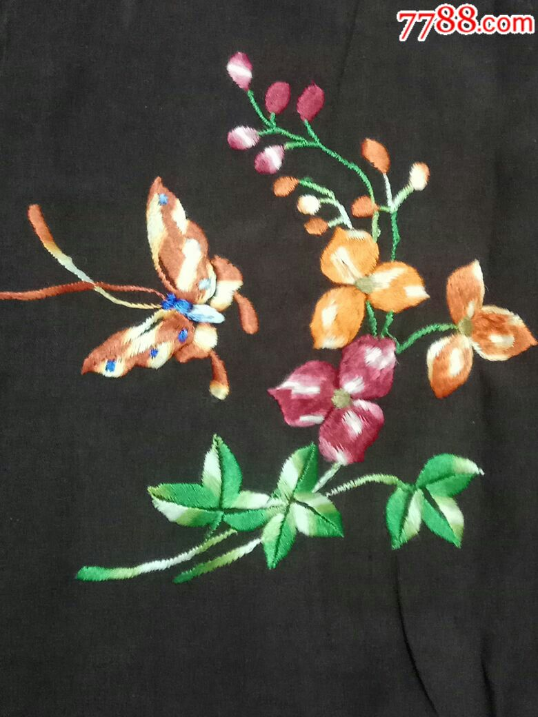 手工刺绣花卉蝴蝶图案真丝旗袍一件