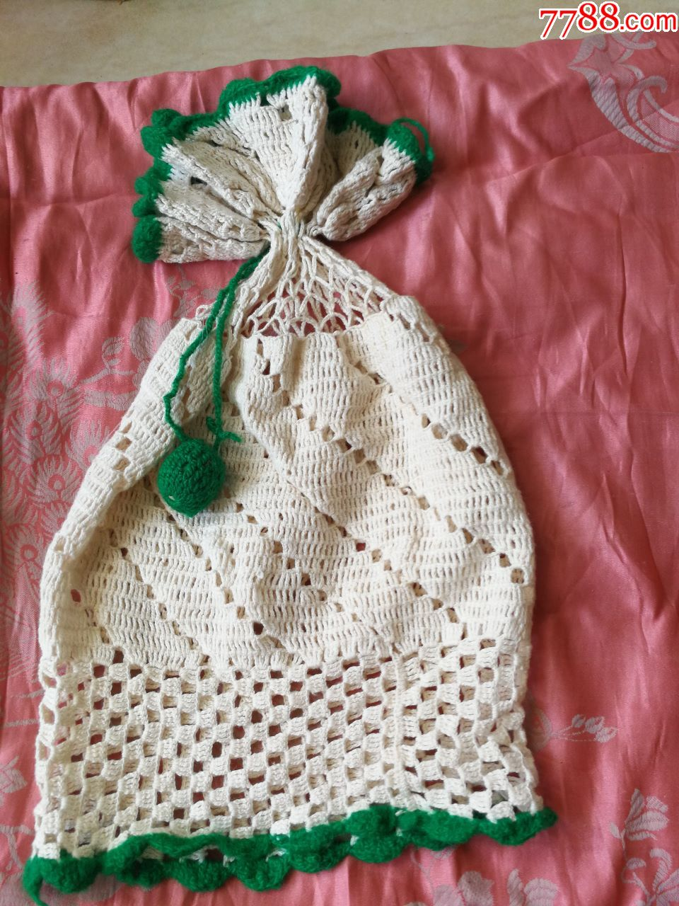 四个手工编织儿童帽子(a发)