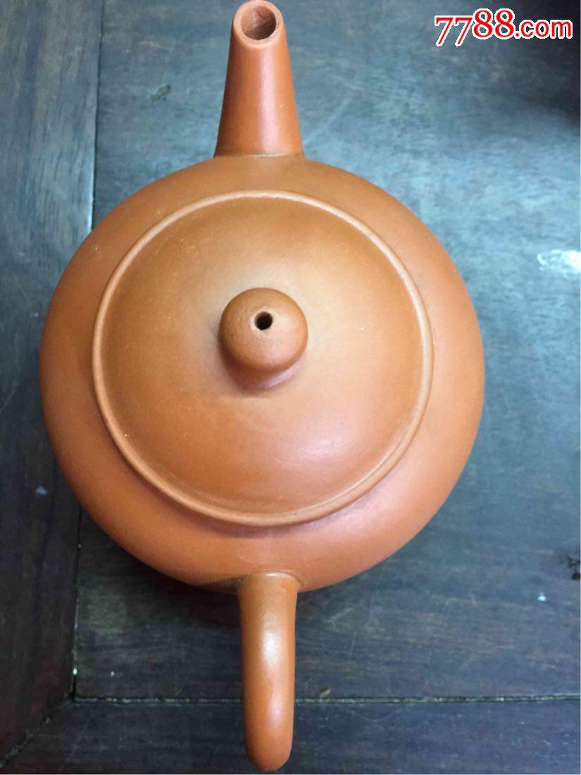 文革紫砂壶。中国宜兴。(au20896712)_