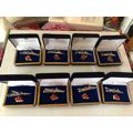 海军胸徽与领带夹8盒一起拍(au20952421)_7788旧货商城__七七八八商品交易平台(7788.com)