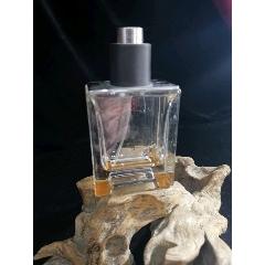 國外品牌香水瓶(au24620386)_7788舊貨商城__七七八八商品交易平臺(7788.com)