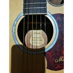 吉他(au24722458)_7788收藏__收藏热线