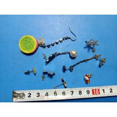 耳釘一組642,一起拍,年代及材質請自定,品相如圖,快遞發貨(au24911678)_7788舊貨商城__七七八八商品交易平臺(7788.com)