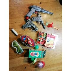 一堆塑料玩具(au25133409)_7788舊貨商城__七七八八商品交易平臺(7788.com)