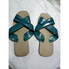 八十年代左右拖鞋A15,是不是全新不詳,看上去很新,沒有磨痕,請自定(au25171730)_7788舊貨商城__七七八八商品交易平臺(7788.com)