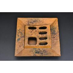 (丙8107)《日本鑄鐵灰皿》原盒一件簸箕形狀簸箕是收斂之物有斂財之意簸(au25310400)_7788舊貨商城__七七八八商品交易平臺(7788.com)