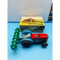 六十年代老鐵皮玩具~帶原盒MF098慣性拖拉機和碎土機一輛!(au25326759)_7788舊貨商城__七七八八商品交易平臺(7788.com)