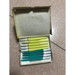 筆一盒(不合郵費)(au25567879)_7788舊貨商城__七七八八商品交易平臺(7788.com)