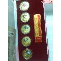 奥运会纪念章,原装盒证书齐全,材质铜镀金,一套奥运会纪念章